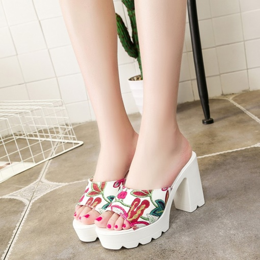 Thick Heel Embroidery Platform Women's Summer Slippers