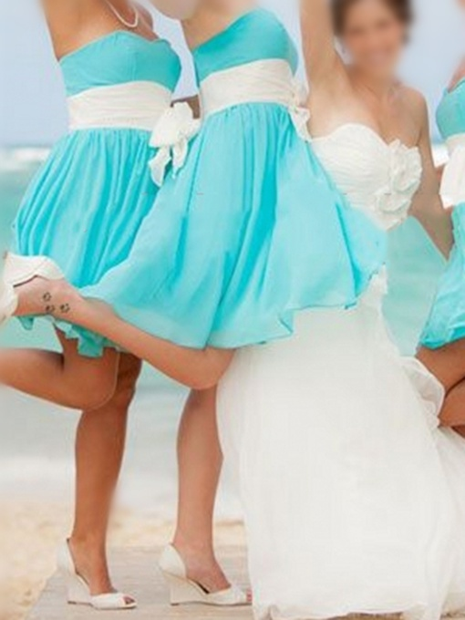 Strapless Short Chiffon Beach Bridesmaid Dress