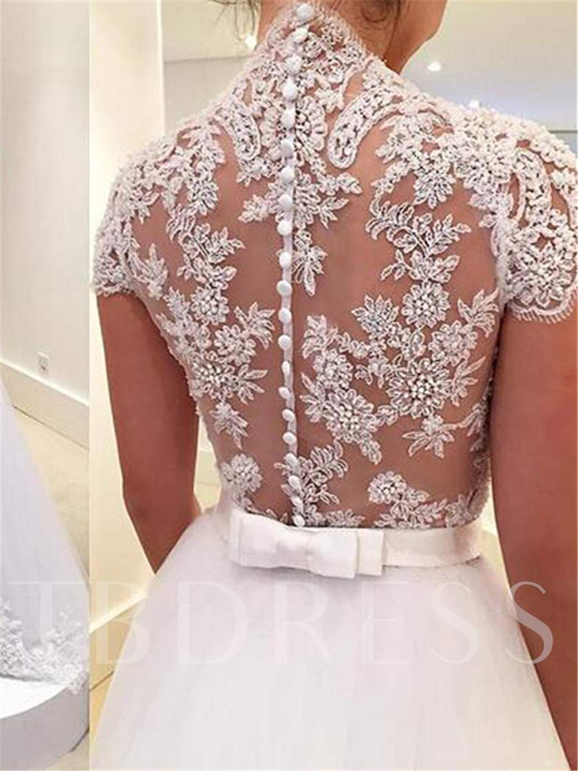 V-Neck Appliques Button Appliques Wedding Dress