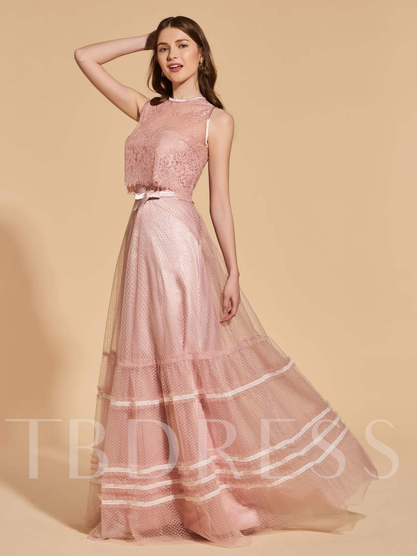 Scoop Lace Sashes Button Prom Dress