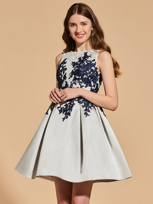 A-Line Appliques Button Lace Cocktail Dress