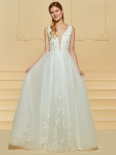 Beaded V-Neck Flowers Appliques Wedding Dress