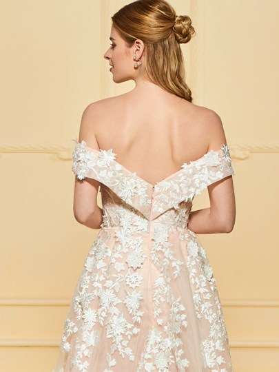 Off the Shoulder Appliques Wedding Dress with Train