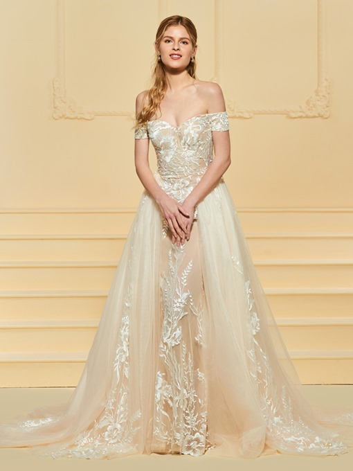 Lace Appliques Off the Shoulder Wedding Dress with Train