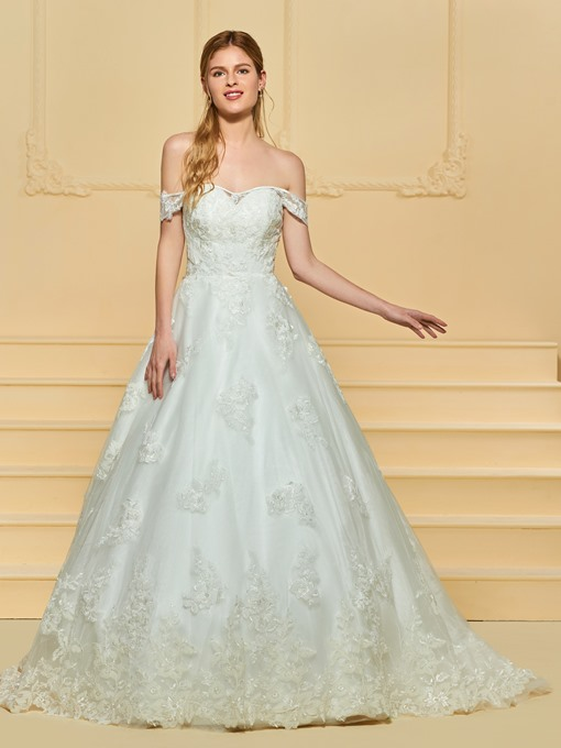 Ball Gown Zipper-Up Appliques Wedding Dress