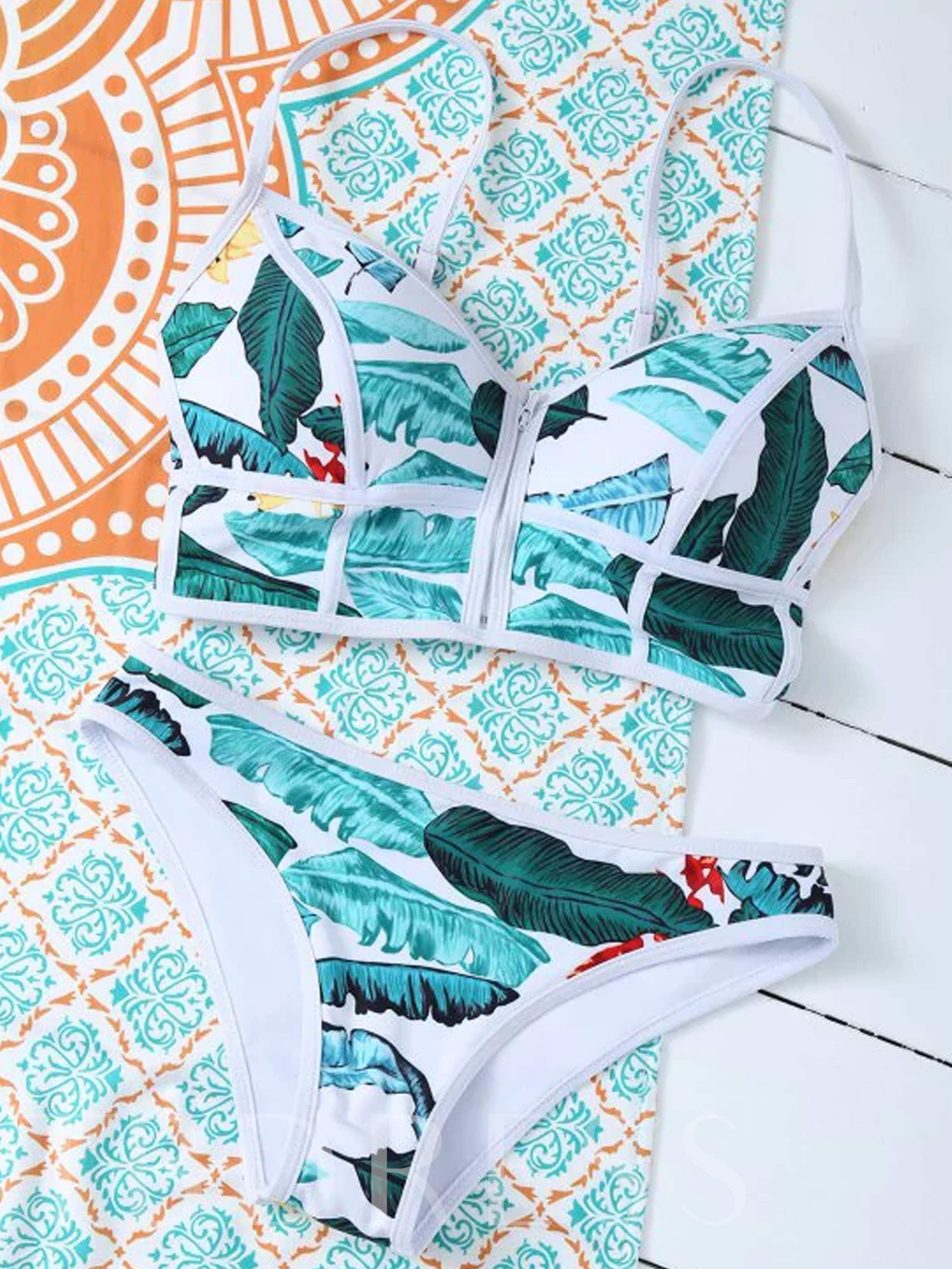 Fresh Plant Print 2-Pcs Bikini Set