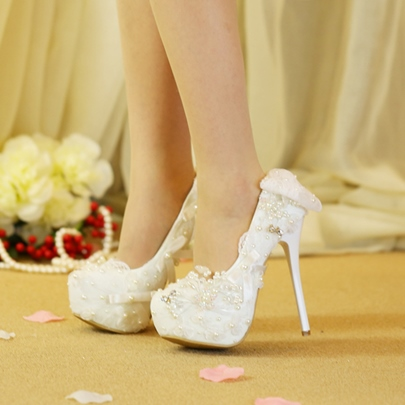 Lace Bow Beads Slip On Wedding Shoes for Women