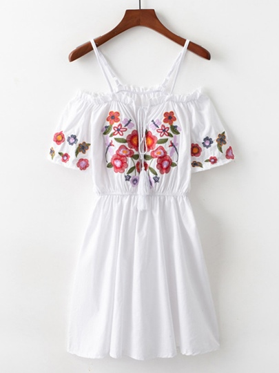 Pullover Floral Embroidery Women's Day Dress