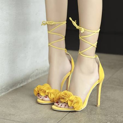 Appliques Heel Covering Strappy Tie Up Heels for Women