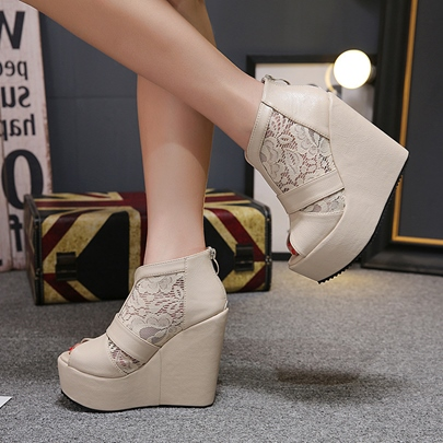 Delicate Lace Peep Toe Back Zipper Wedges Shoes for Women