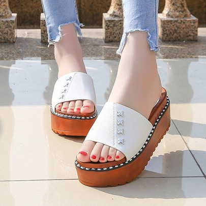 Platform Shoes Rivet Flip Flop for Women