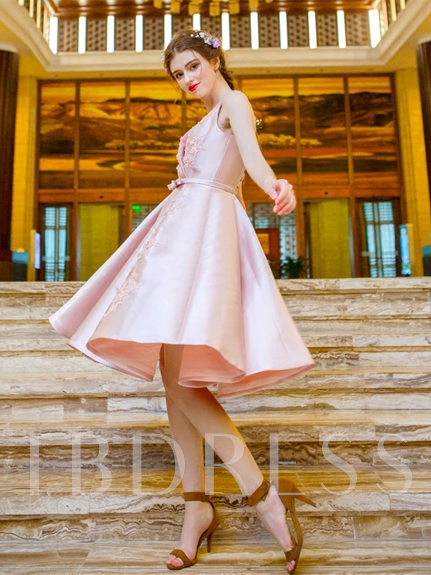 A-Line Appliques Pearls Knee-Length Prom Dress