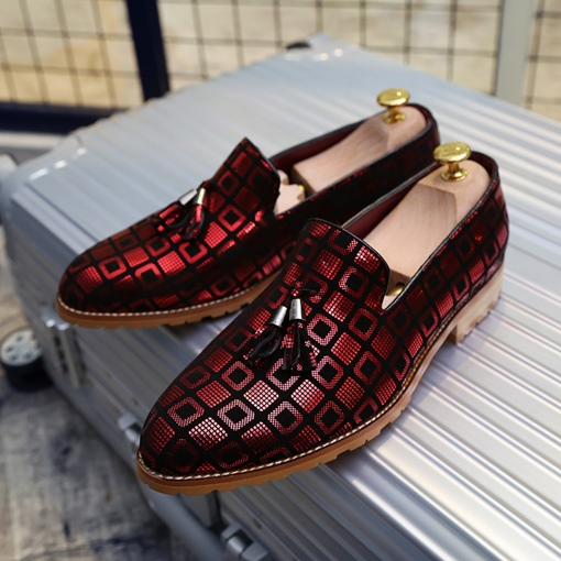 Tassel Plaid Round Toe Slip-On Casual Shoes For Men