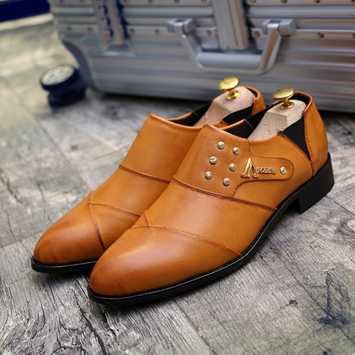 Professional Slip-On Rivet Shoes for Men