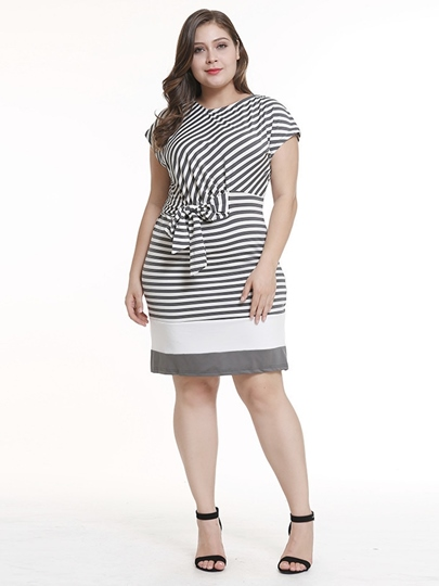 Plus Size Short Sleeve Bowknot Stripe Day Dress