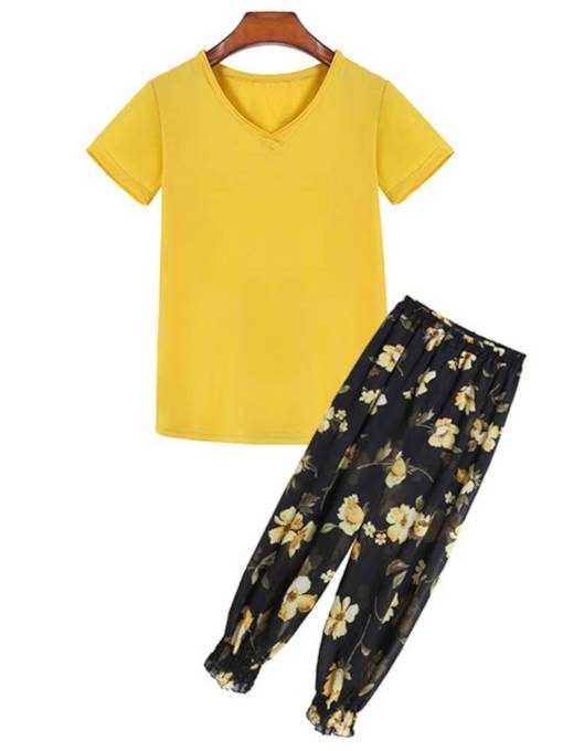 Yellow Tee with Floral Print Pants Women's Two Piece Set