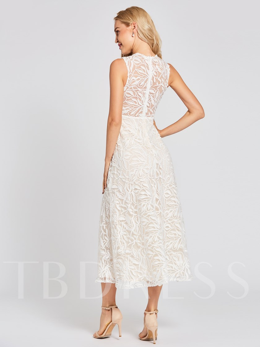 Scoop Neck Zipper-Up A Line Lace Evening Dress