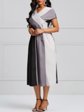 Short Sleeves Color Block Women's Day Dress