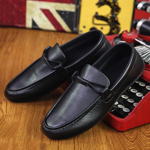 Low-Cut Upper Plain Slip-On Round Toe Men's Loafers