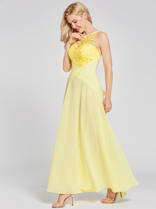Scoop Neck Lace Appliques A-Line Prom Dress