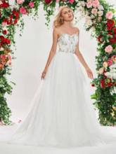 Appliques Beading Lace-Up Wedding Dress