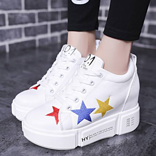 Round Toe Lace-Up Stars Embroidery Platform White Platform Sneakers