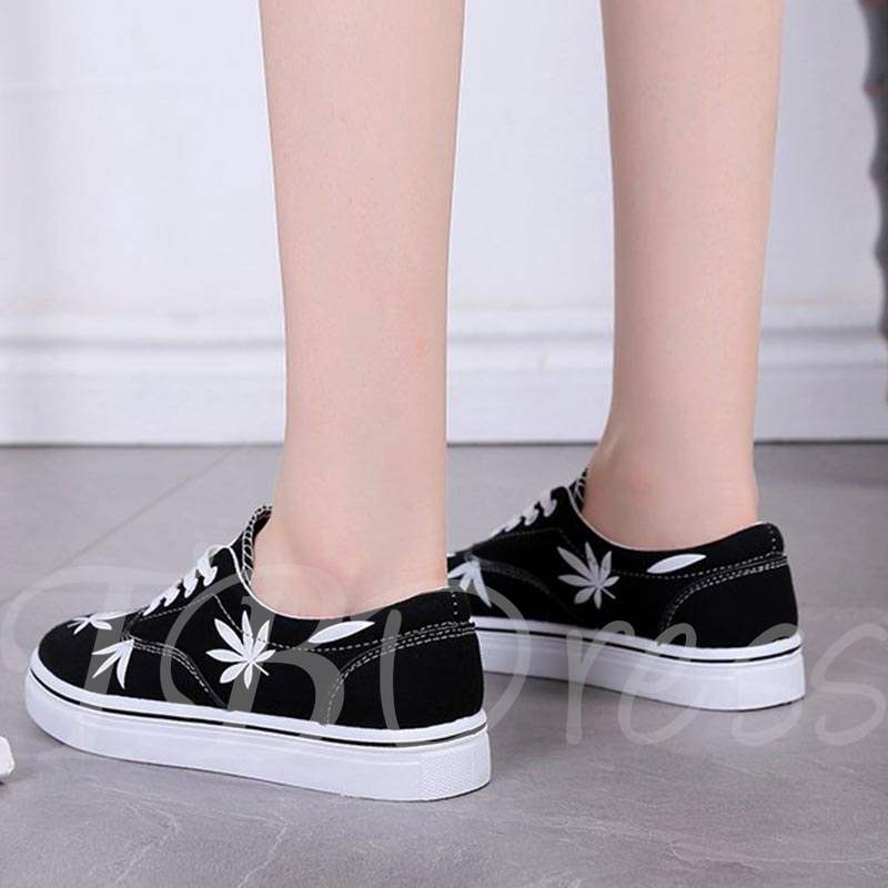 Buy Lace-Up Round Toe Platform Plant Printed Canvas Shoes for Women, Spring,Summer,Fall, 13366358 for $24.13 in TBDress store