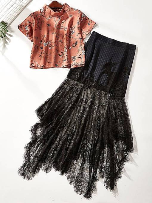 Floral Print T-Shirt and Lace Skirt Women's Two Piece Set