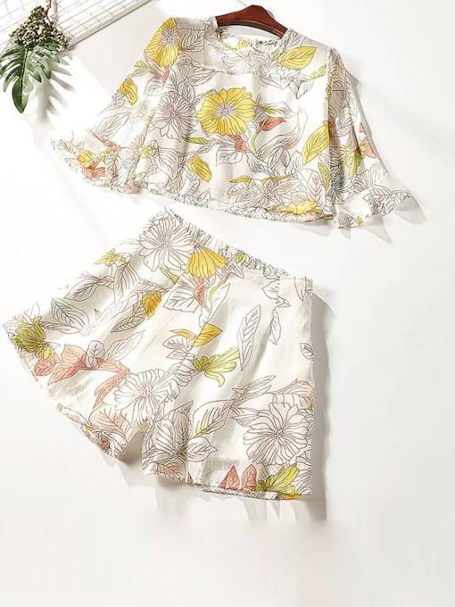 Floral Print Top and Shorts Women's Two Piece Set