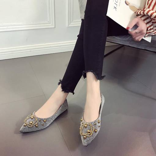 Pointed Toe Block Heel Rivet Slip-On Women's Flats