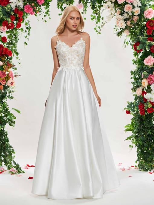 Spaghetti Straps Lace-Up Appliques Wedding Dress
