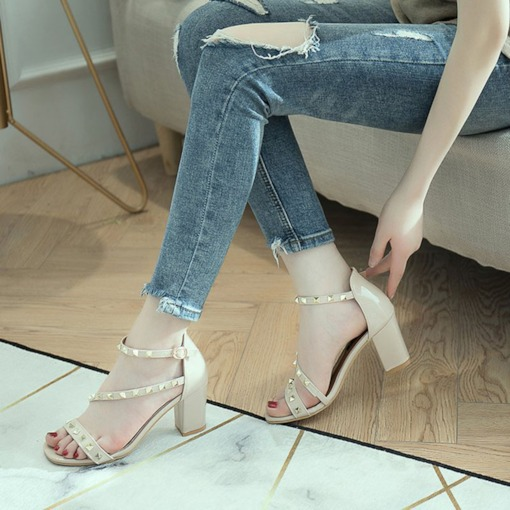 Heel Covering Line Style Low Cut Upper Rivet Sandals