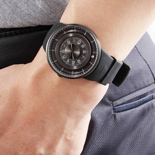 Hardlex Surface Water Resistant Rubber Band Men's Watch