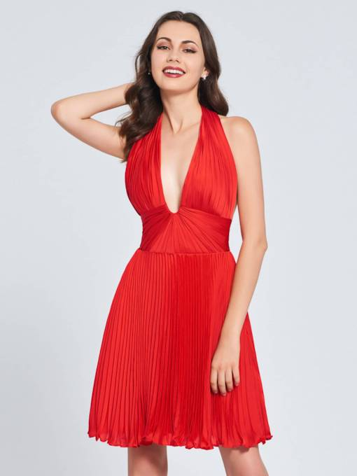 A-Line Halter Pleats Backless Homecoming Dress