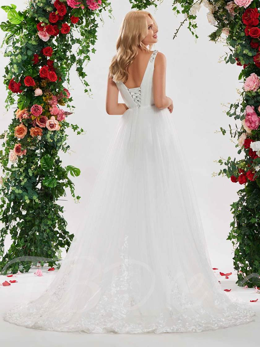 Beading Straps Appliuqes Lace-Up Wedding Dress