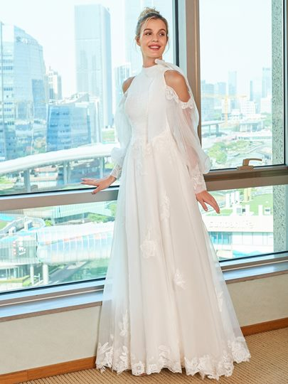 Appliques Open Shoulder Wedding Dress with Long Sleeve