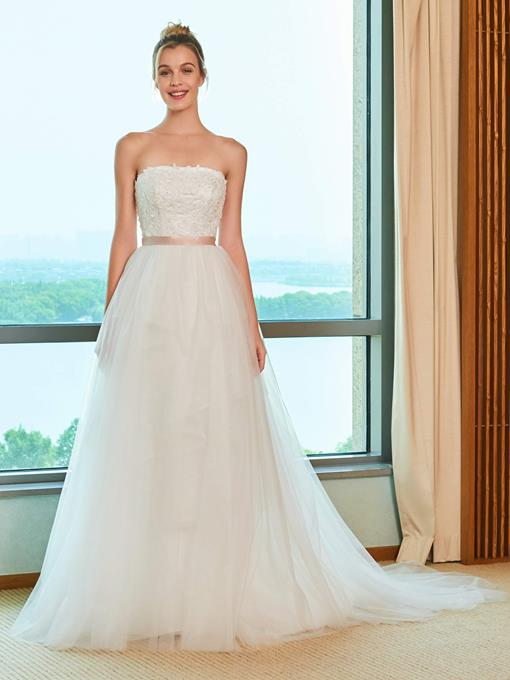 A-Line Tulle Appliques Strapless Wedding Dress