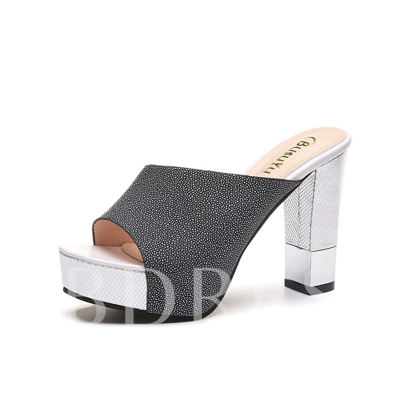 Chunky Heel Platform Plain Flip Flop for Women