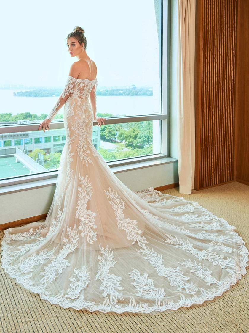 Appliques Off the Shoulder Long Sleeve Wedding Dress