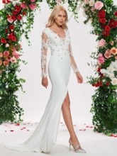 Split-Front Beading Appliques Wedding Dress with Long Sleeve