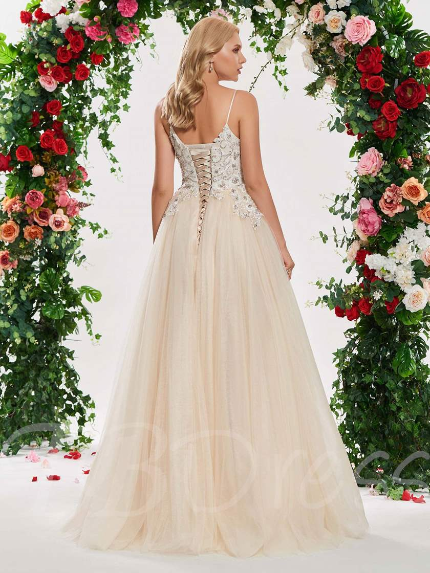 Beading Appliques Straps Outdoor Wedding Dress