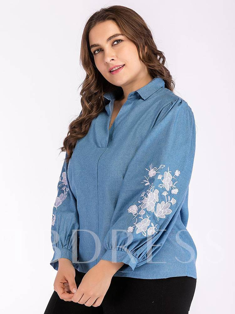 Pleated Lantern Sleeve Plus Size Floral Embroidery Women's Blouse