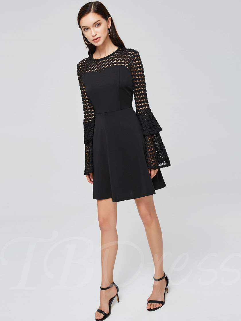 Round Neck Hollow Bell Sleeve Day Dress