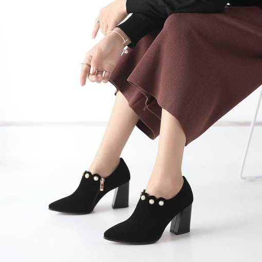 Suede Pointed Toe Chunky Heel Bead Ladylike Women's Ankle Boots