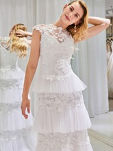 Lace Appliques Layered Wedding Dress
