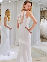 Buttoned Back Appliques Mermaid Wedding Dress