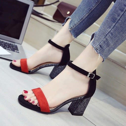 Heel Covering Color Block Summer Casual Sandals for Women