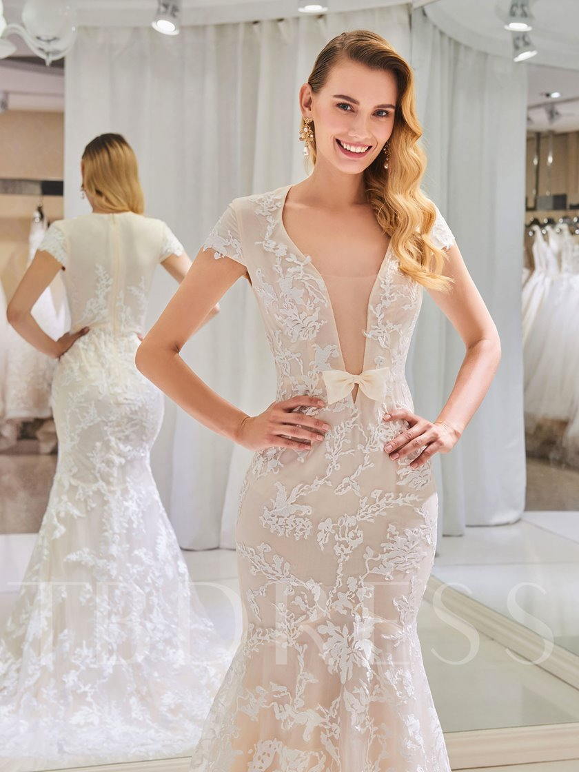 Cap Sleeve Deep V-Neck Appliques Mermaid Wedding Dress