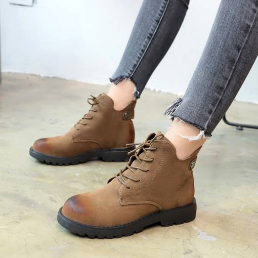 Round Toe Lace-Up Front Nubuck Leather Brush Off Women's Ankle Boots