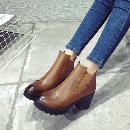 Round Toe Chunky Heel Elastic Brush Off Vintage Women's Ankle Boots